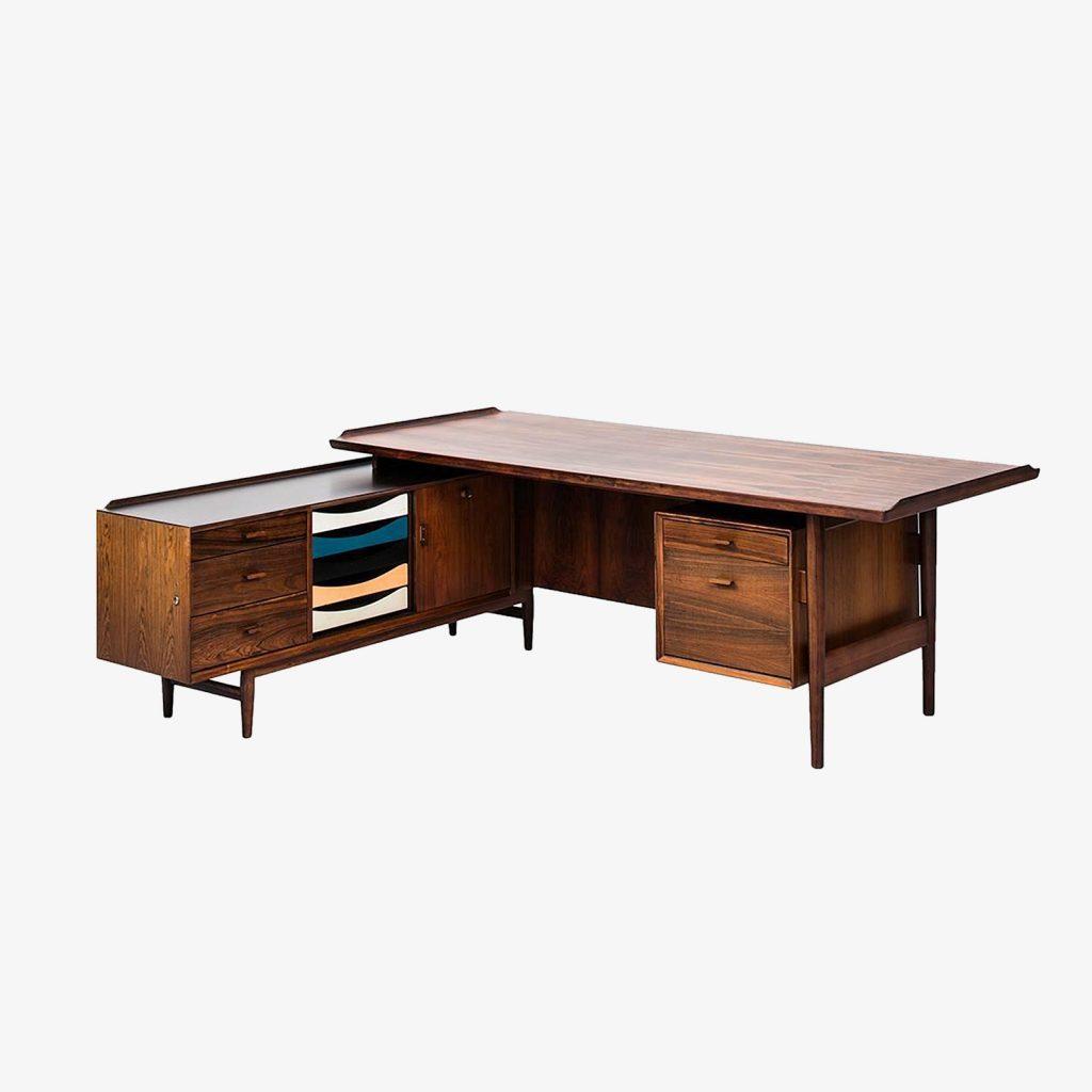 regeneration_350_rare_l-shaped_rosewood_desk_with_sideboard_model_209_designed_by_arne_vodder-_produced_by_sibast_mobelfabrik_in_denmark_01